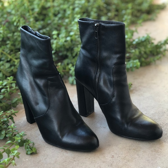 Steve Madden Editor Ankleboot BLACK LEATHER | Kostenloser